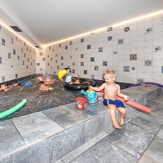 Action pool piscina per bambini a Bressanone