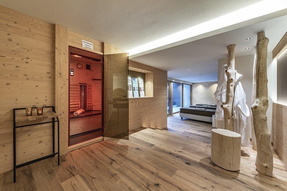 10 neue Zimmer & Eingangsbereich